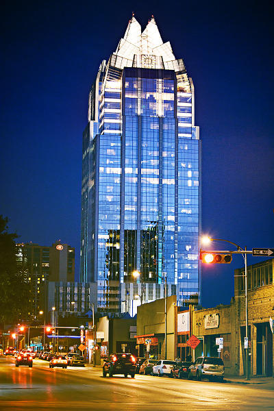 austin-downtown  > Frost tower at sunset