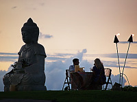 big-island-hawaii > Romantic dinner on Buddha Pointe at sunset