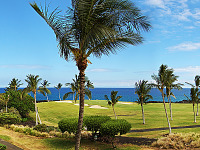 big-island-hawaii > Panorama view of the King course on Hilton Waikoloa Village.
