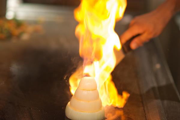 Flaming onion, Hibachi japanese cooking, Asiana restaurant at Hyatt Zilara hotel in Cancún