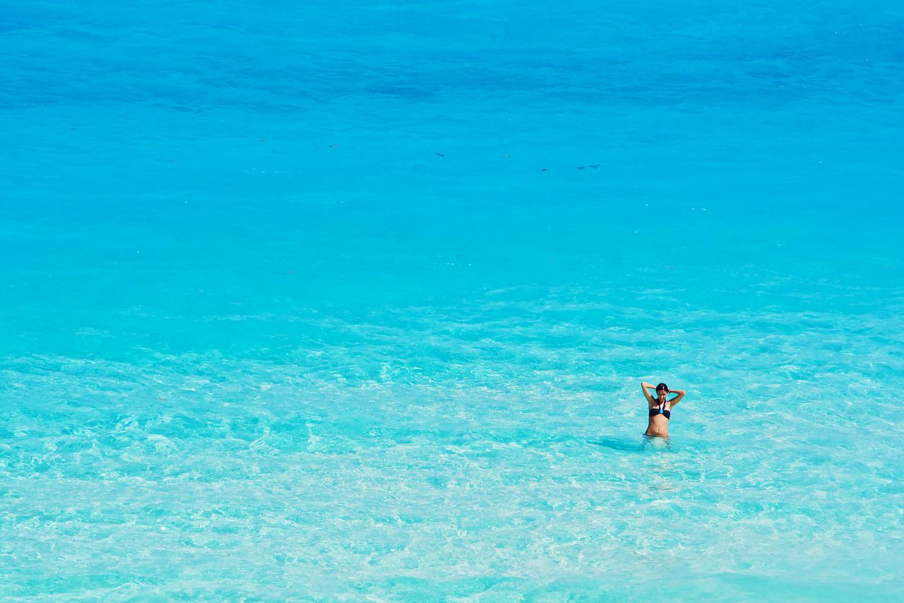 Cancun mexico beach girls think