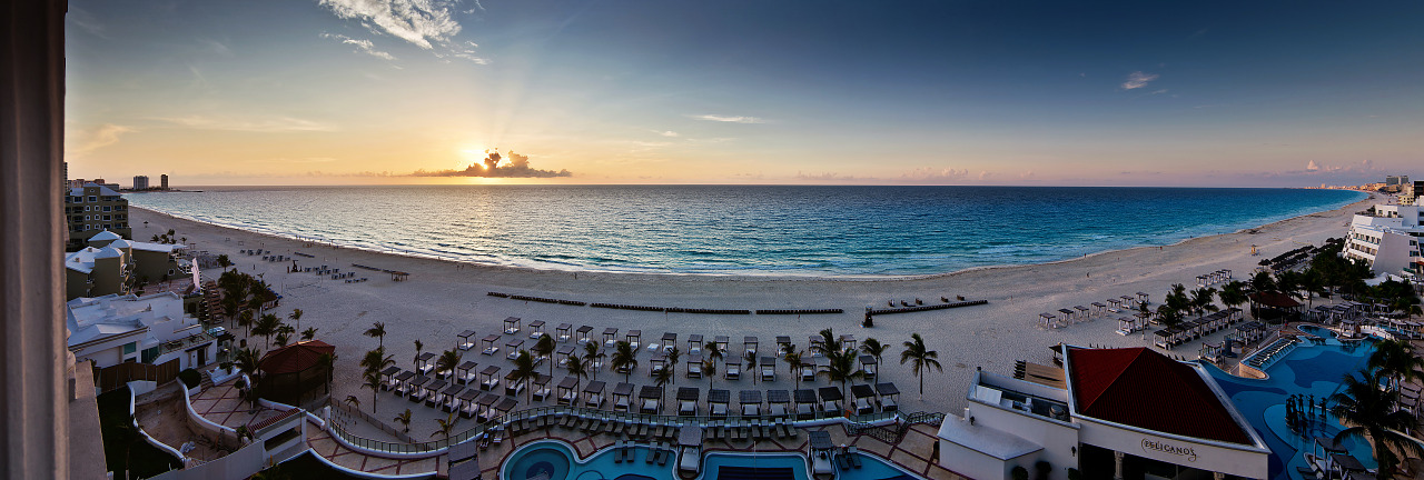 Sunrise on the beach at Hyatt Zilara Hotel in Cancún Mexico - Panorama