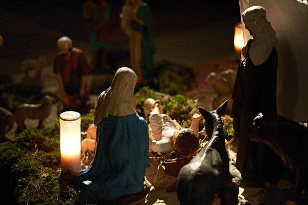 nativity scene christmas night church moret sur loing
