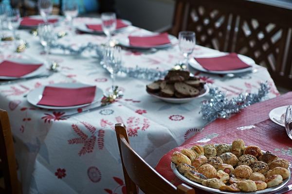 set table christmas dinner chez marie noelle st mammes
