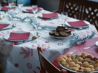 france-2009 > set table christmas dinner chez marie noelle st mammes