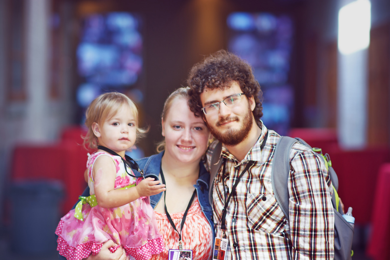 Gamer couple with child at Gearbox Community Day 2013