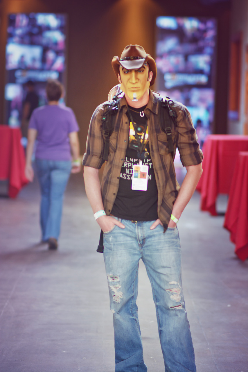Handsome Jack mask with hat Costume at Gearbox Community Day 2013 - a Borderlands Cosplay