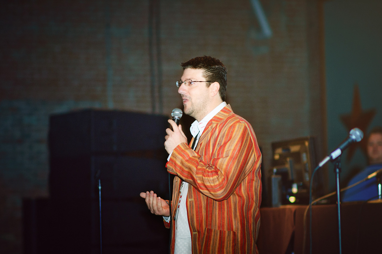 Randy Pitchford speaker at Gearbox community day - 012