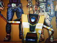 gearbox-community-day > Claptrap from Borderlands at Gearbox community day - 009