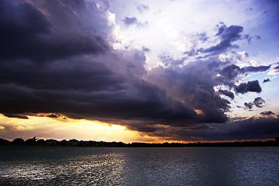 lake-pflugerville-sunset > Rolling cloud storm at sunset at Lake Pflugerville