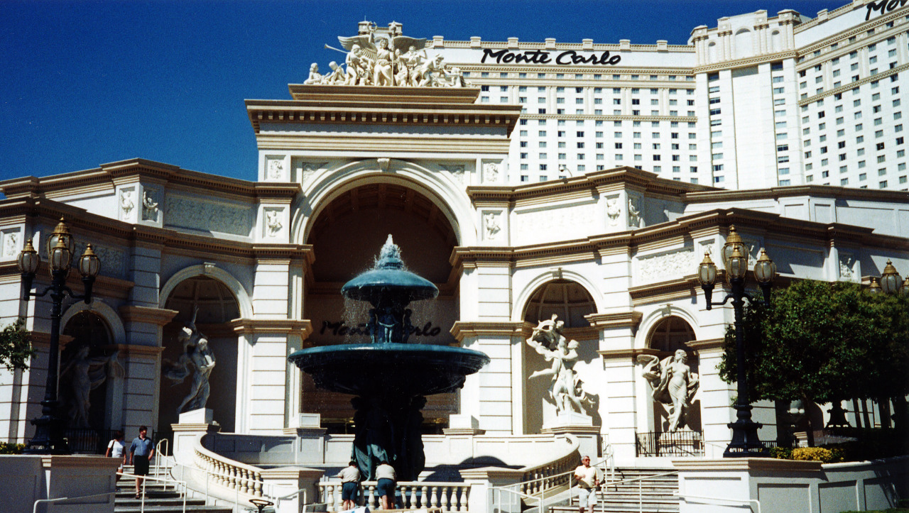 Monte Carlo Hotel in Las Vegas