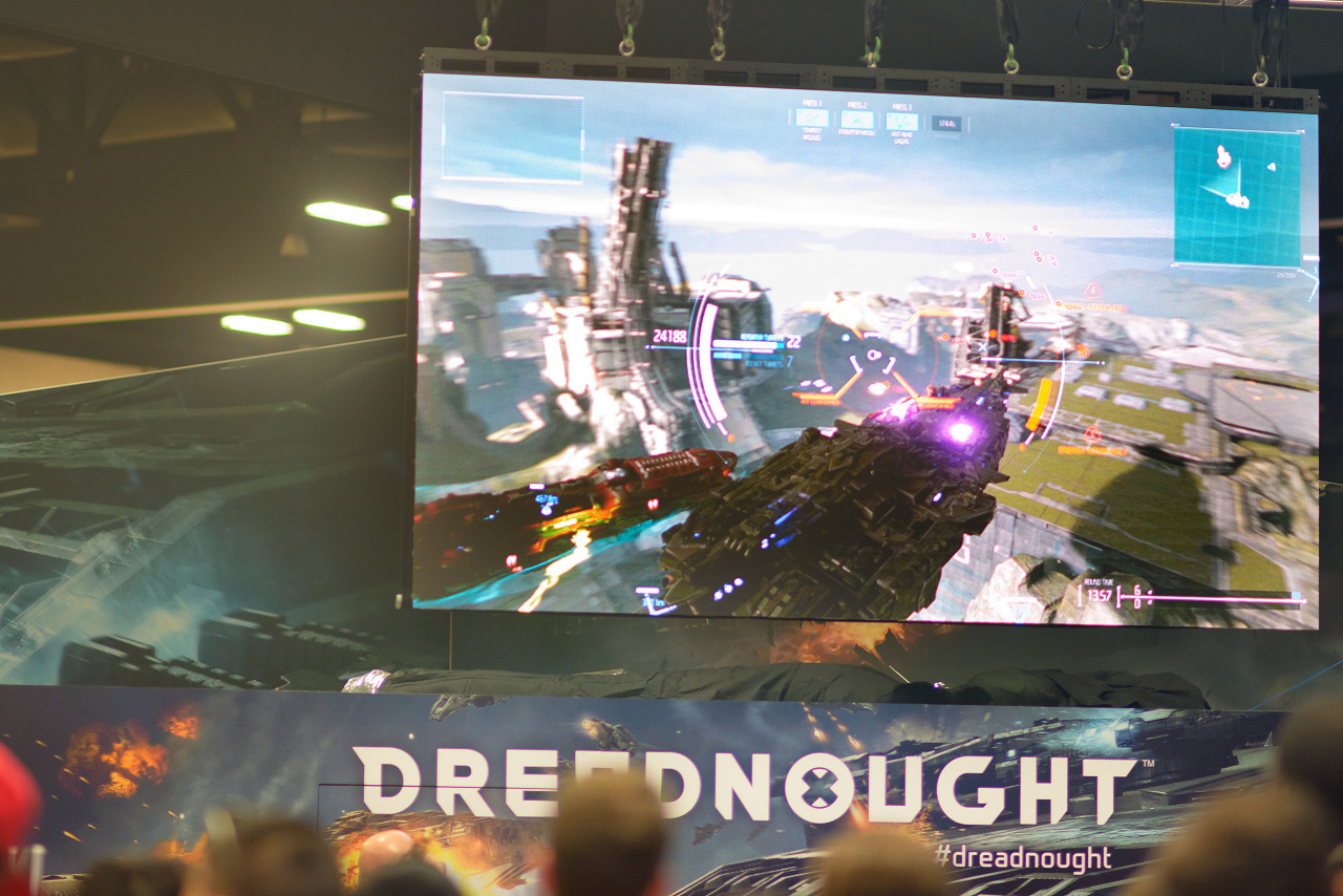 Dreadnought the game on the big screen at PAX South