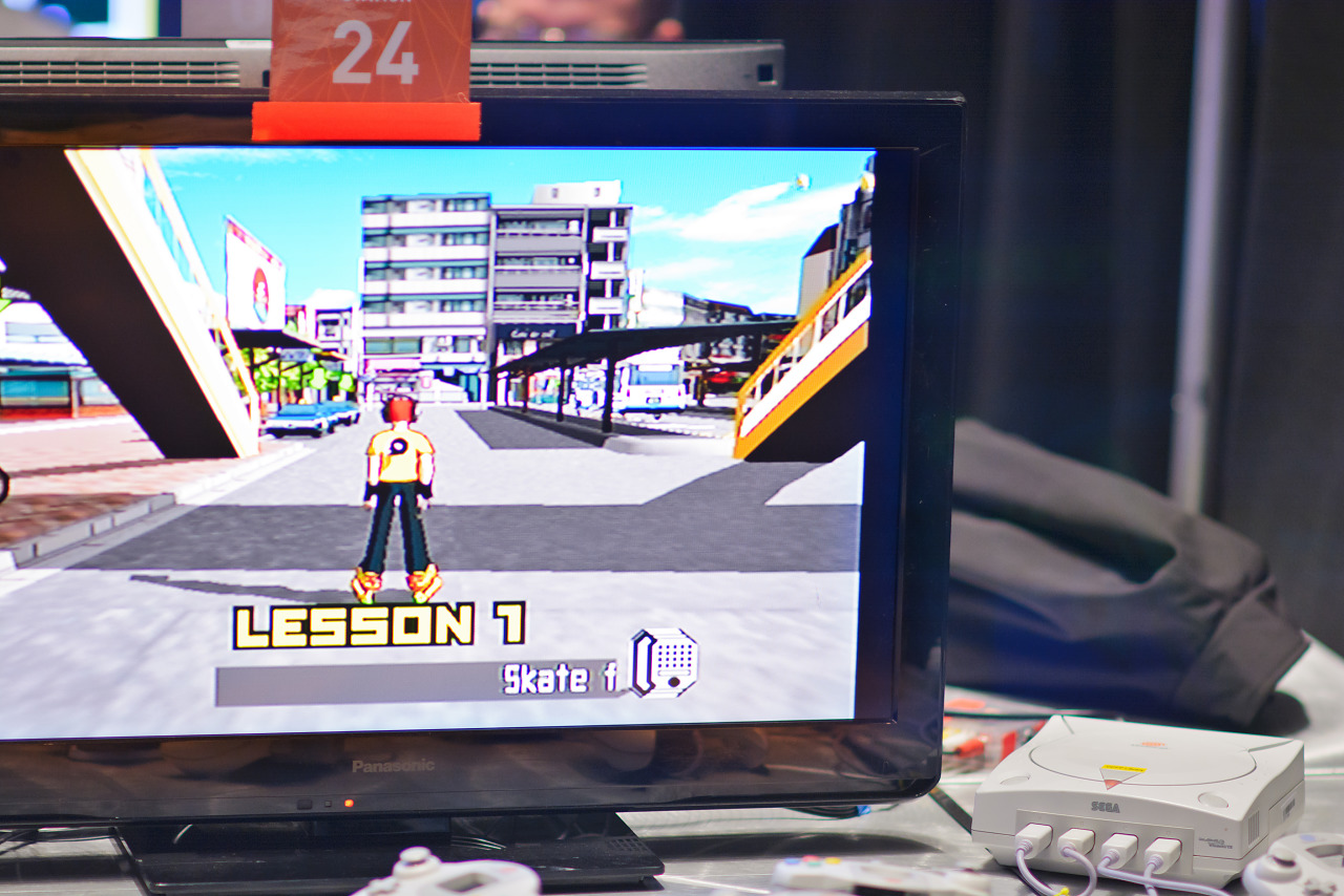 Old school gameplay Jet Grind Radeo on Dreamcast at the PAX South 2016