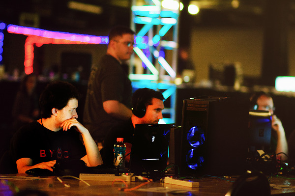 Quakecon 2011 - players at the BYOC lan party