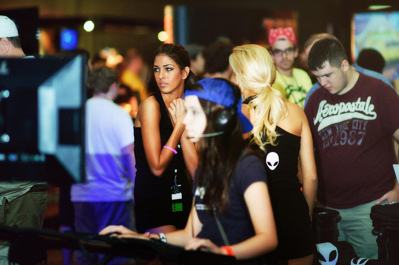 Quakecon 2011 - gamer girls playing on showfloor