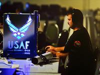 quakecon-dallas-2011 > Quakecon 2011 - USAF modded PC