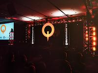 quakecon-dallas-2011 > Quakecon 2011 - Empty stage before Zenimax presentation