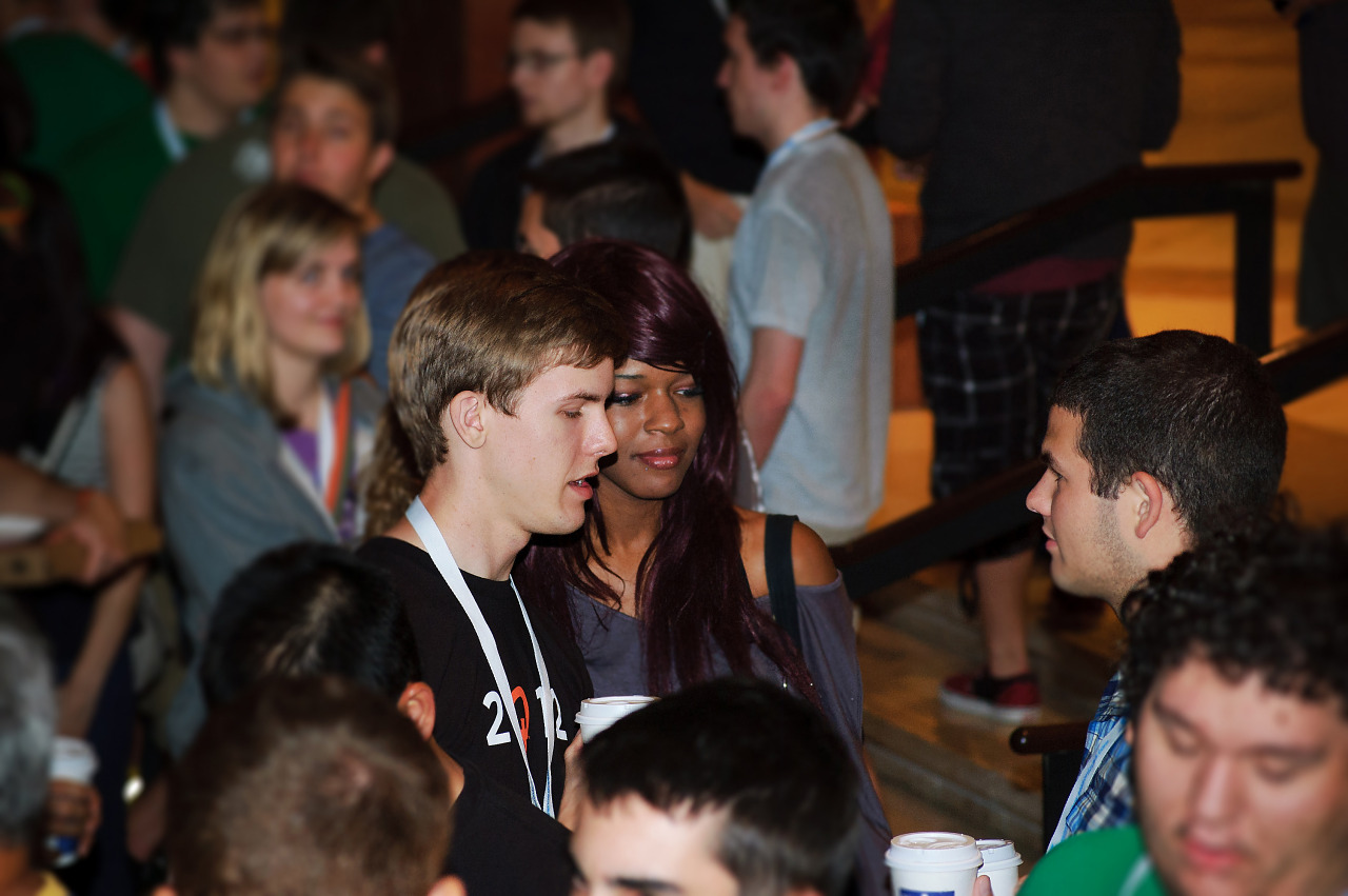 Boy and girl couple talking at Quakecon 2012