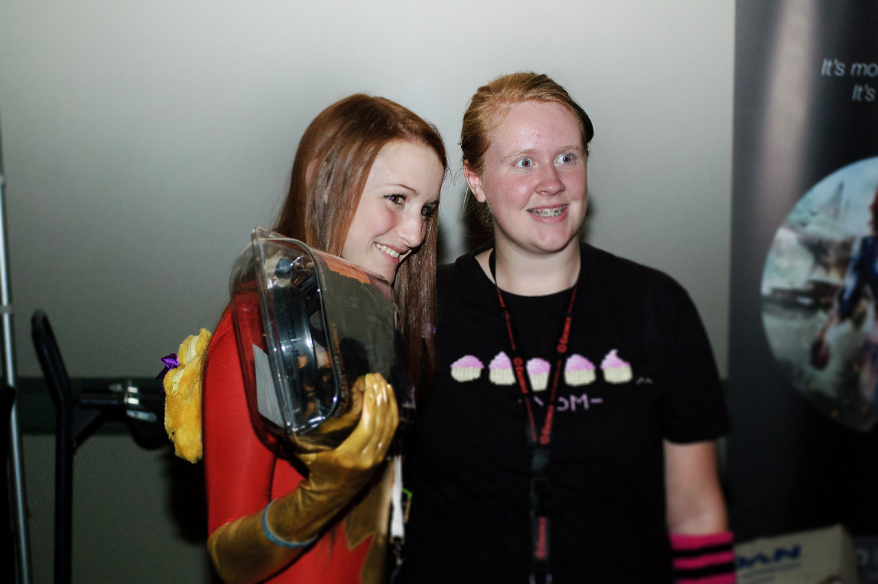 Redhaired superhero cosplay at Quakecon 2012