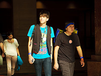 quakecon-dallas-2012 > Odd couple of gamers walking the hallway of Hilton at Quakecon 2012