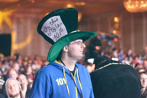 Mad hatter gamer at Quakecon 2013