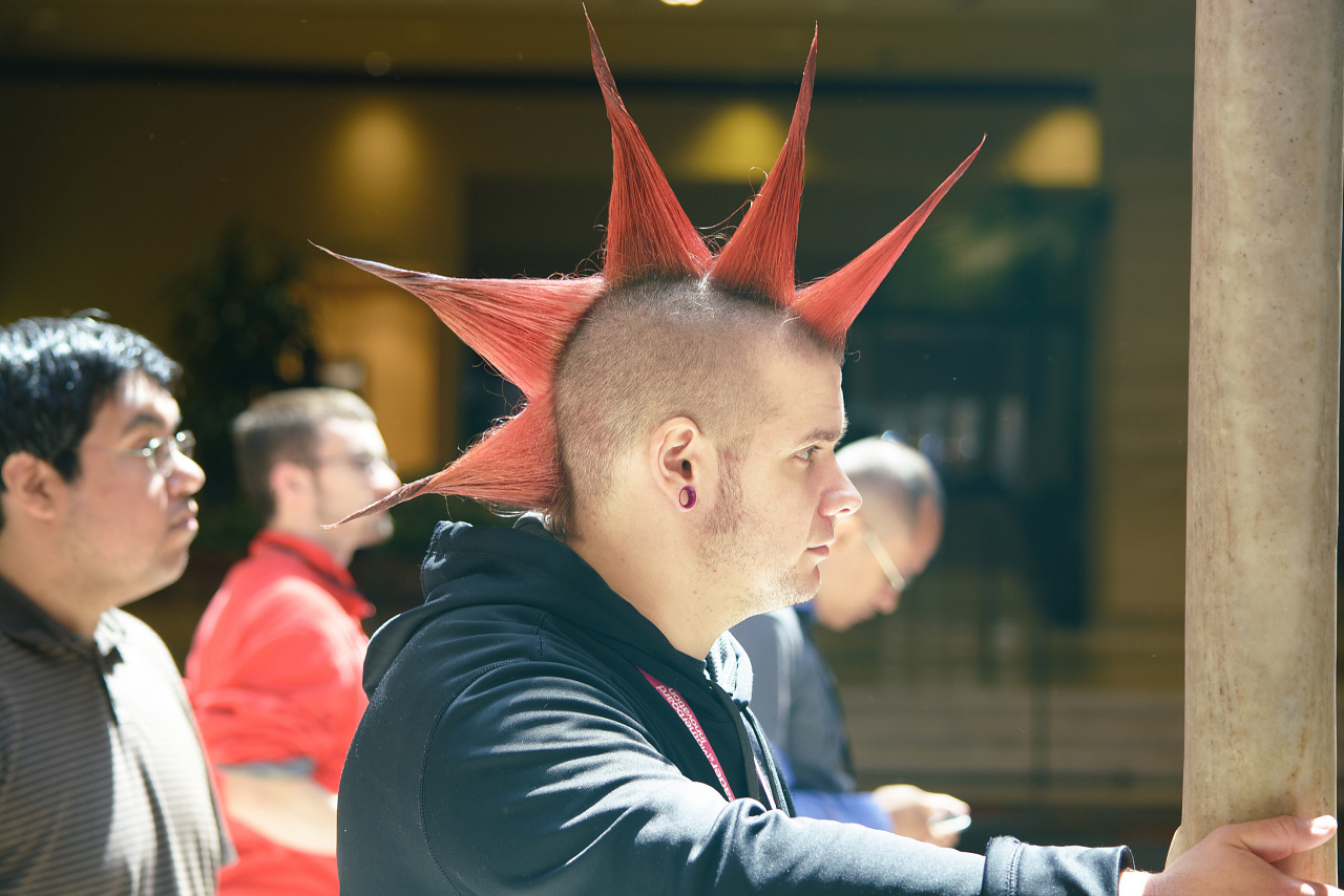 Gamer guy with red spikes mohawk at Quakecon 2013