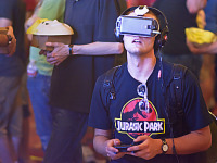 quakecon-dallas-2015 > Quakecon attendee with Jurassic Park shirt and Gear VR demo
