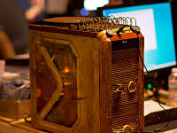 quakecon-dallas-2015 > Steam punk PC mod with copper BYOC Quakecon