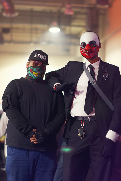 Duo of cosplayers inspired by Grand Theft Auto and Payday at Quakecon 2017