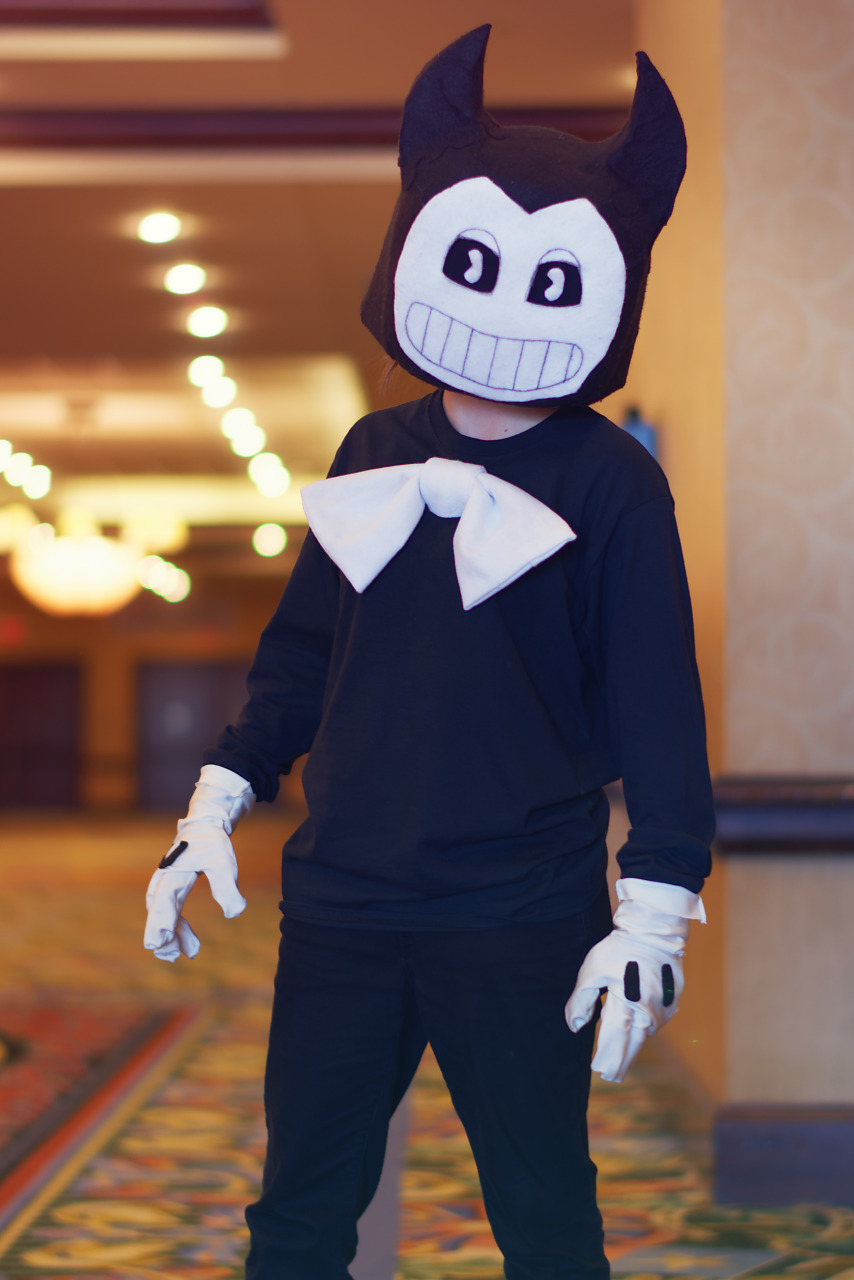 Cosplay of Bendy and the Ink Machine at Quakecon 2017
