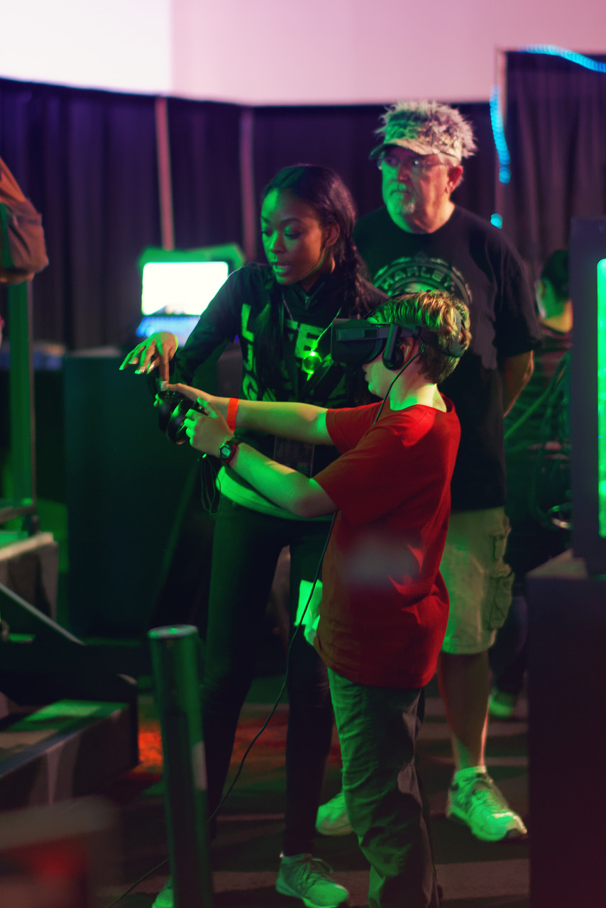 Demonstrating VR at the Razer booth at Quakecon 2017