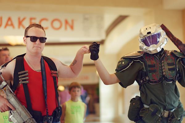 Duke Nukem and Doom Guy pairing at Quakecon 2018