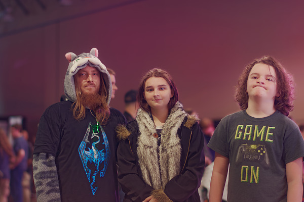 Family with Skyrim T-Shirt on showfloor of Quakecon 2018