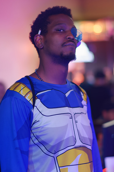 Costume of Vegeta with a scouter on the showfloor of Quakecon 2018