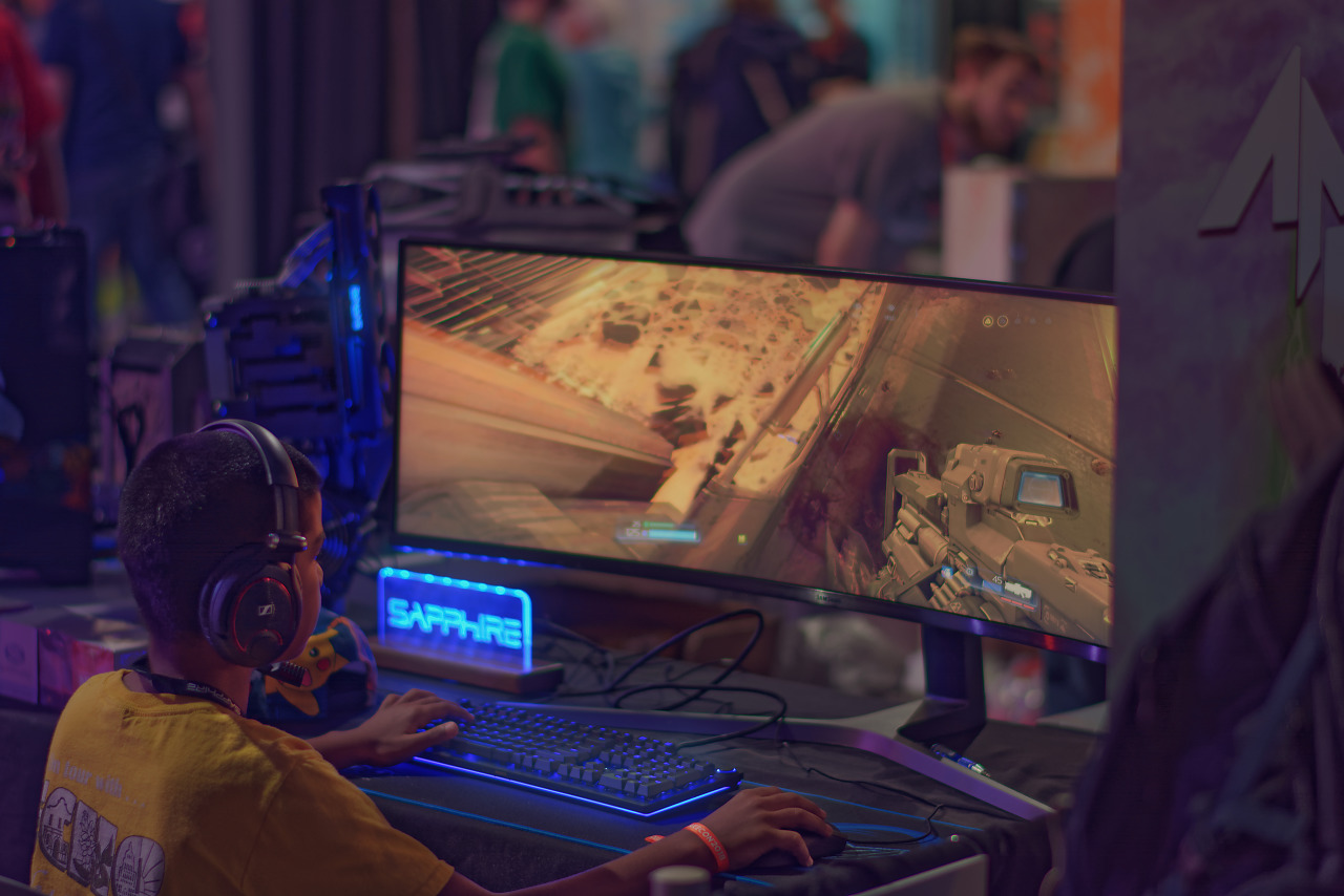 Giant gaming display at Modders Inc booth at Quakecon 2018